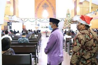 Ibadah Malam Natal Lancar,  Seluruh Gereja Patuhi Protokol Kesehatan Covid-19
