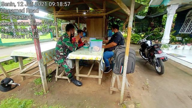 Stop Penyebaran Covid-19, Personel Jajaran Kodim 0208/Asahan Terus Gencar Gelar Komsos Beri Himbauan Protkes