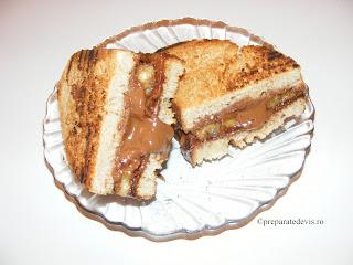 Sandwich cu banane si ciocolata retete culinare,