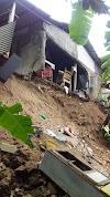 Akibat Hujan Deras, Rumah Salah Satu Warga Tanjungsari Terancam Ambruk