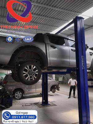 cầu nâng 2 trụ Guangli 3.5 tấn cho xưởng sửa chữa ô tô
