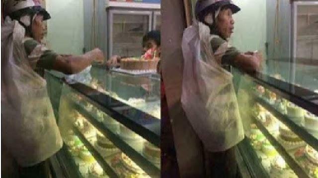 Ketika Seorang Pemulung Membelikan Kue Ulang Tahun untuk Istrinya ''Siapapun Yang Membacanya Pasti Menangis Bahagia''