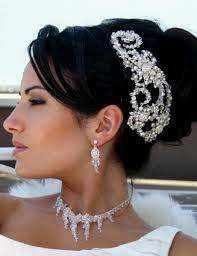unique wedding hair pieces in Ukraine