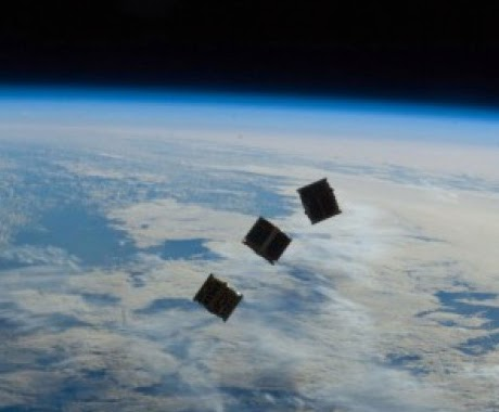 Juggaar - Hack your life: Free Internet from Space