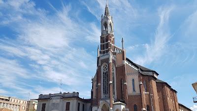 chiesa pittoresca