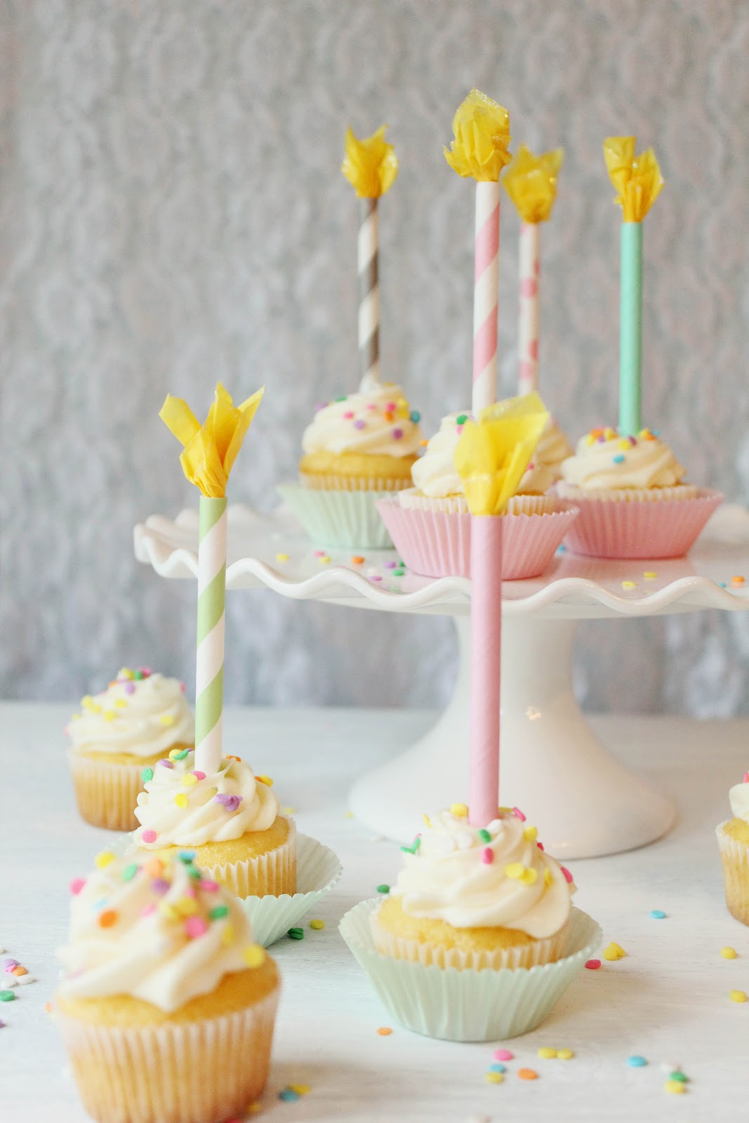 Icing Designs: DIY Paper Straw Birthday Candle Cupcake Toppers