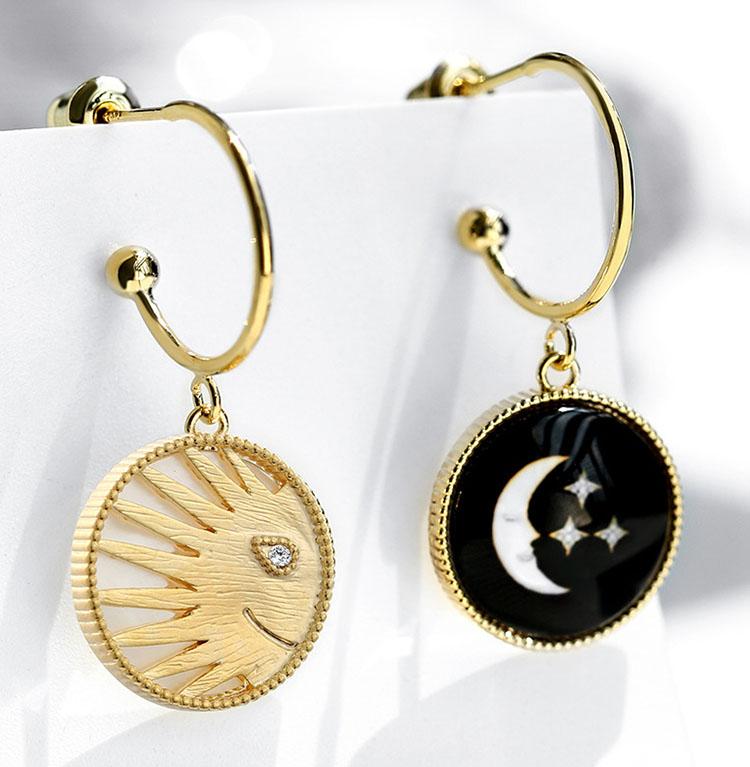 不對稱風太陽與月亮貝殼耳環