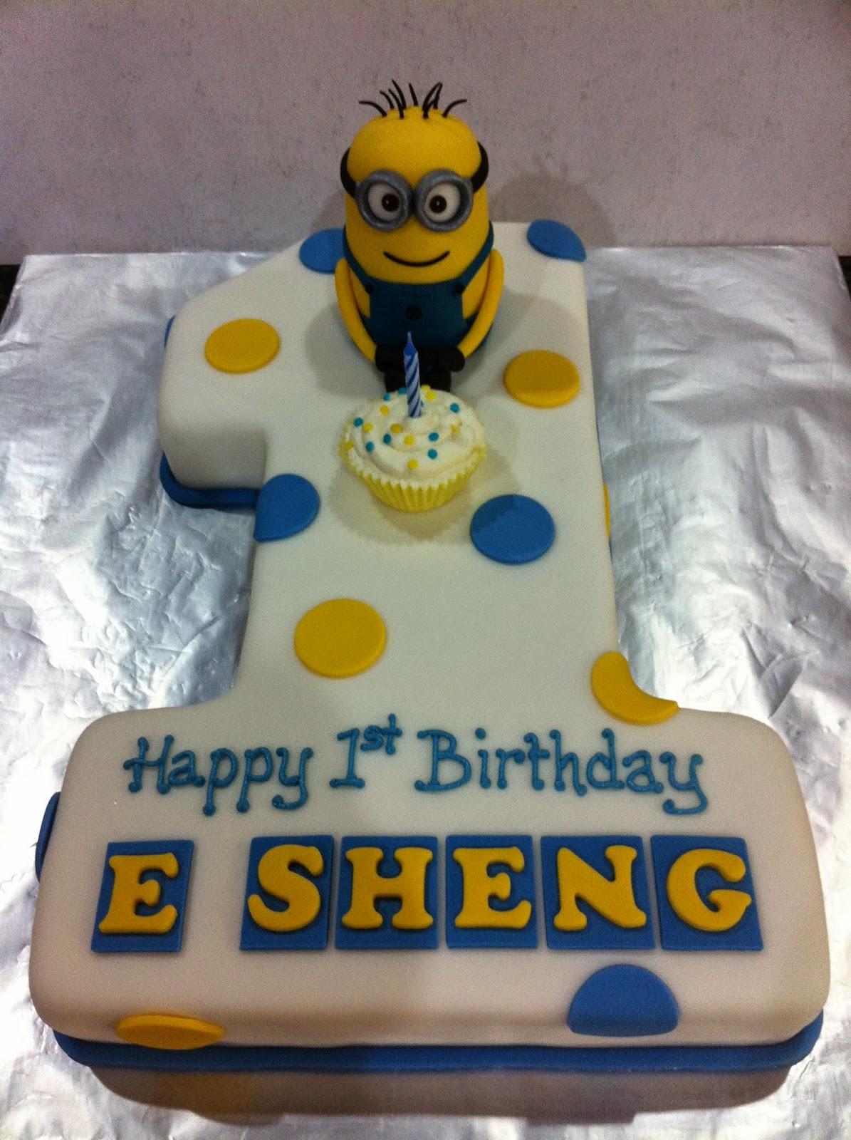 J S Cakes 1st Birthday Minion
