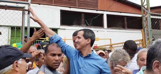 VENEZUELA: Guaidó: El #16Nov será una victoria, los vine a buscar para irnos a la calle.