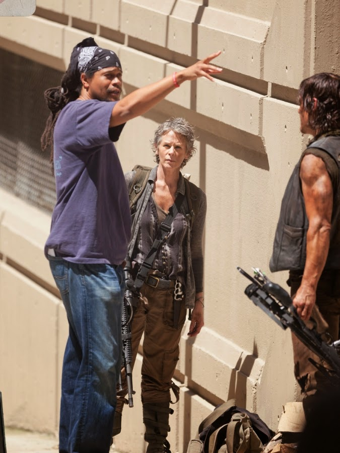 the reedus norman reedus all sweaty and dirty on the set
