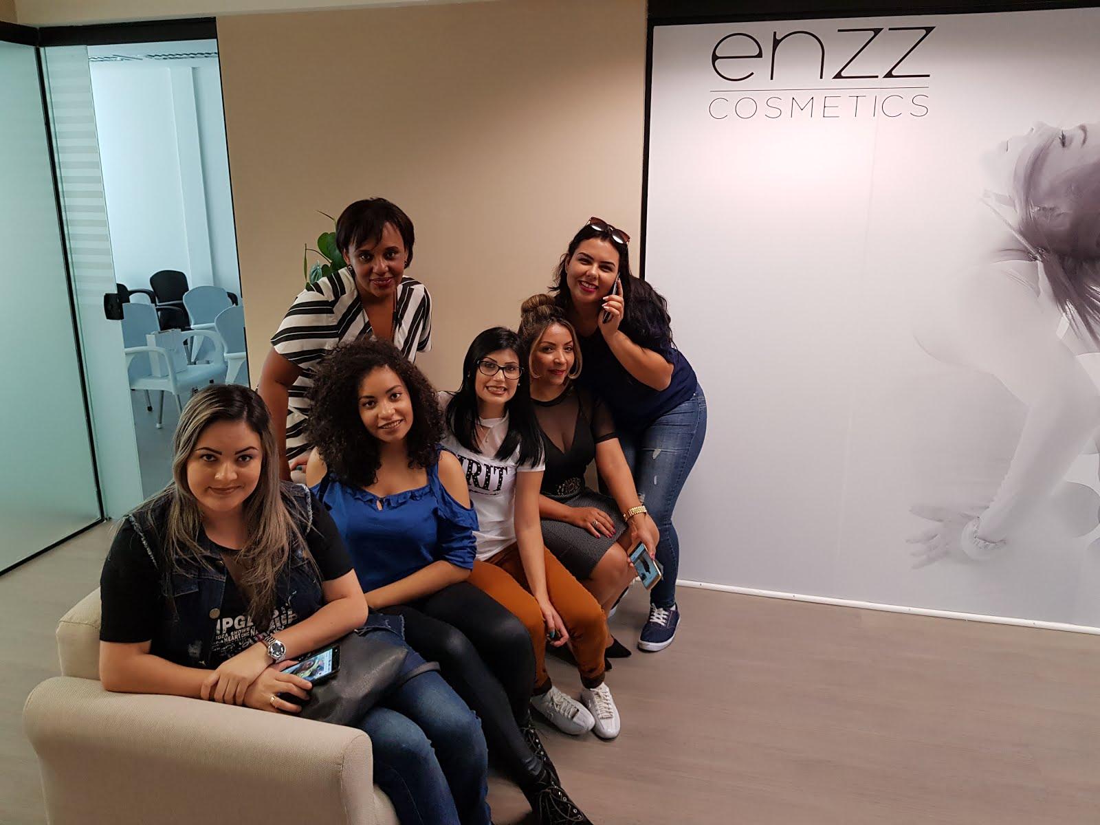 evento de lançamento Enzz cosmetics