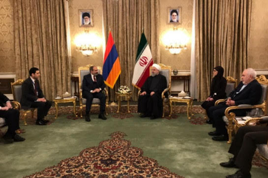 Armenia e Irán deciden ampliar la cooperación