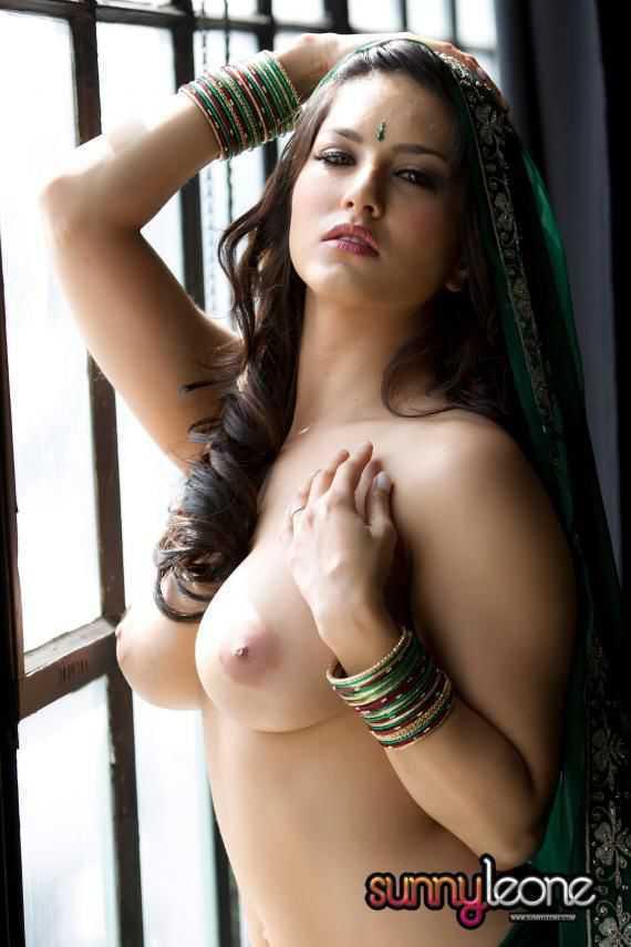 shannon elizabeth nude gallery