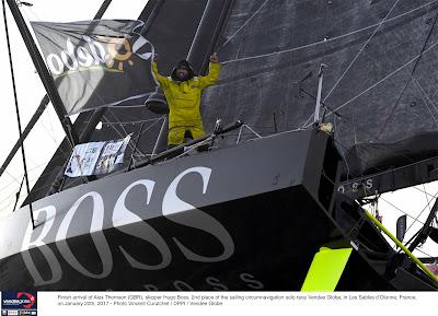Alex Thomson superbe deuxième du Vendée Globe