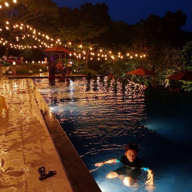 kolam renang paradesa park cibinong bogor