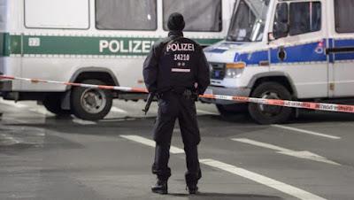 Alemania, Afgano, Islam, Stop islam, crucifico
