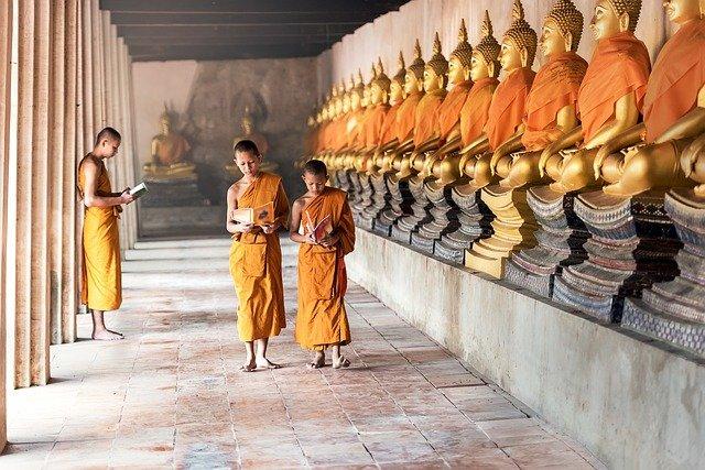Tips Mengunjungi Tempat Wisata Religi