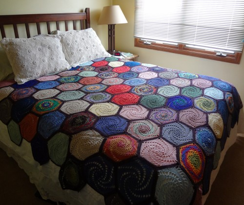 Swirly Hexagons  - Free Crochet Pattern