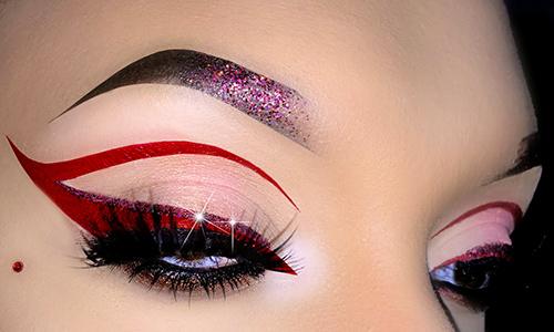 Eyeliner rojo para Navidad