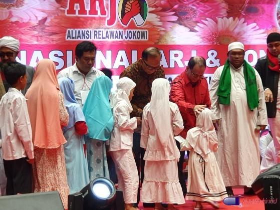 Relawan Gelar Doa Bersama, Anak Yatim Kecewa Jokowi Tak Hadir