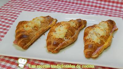 Receta de curasanes rellenos de jamón cocido y queso gratinados