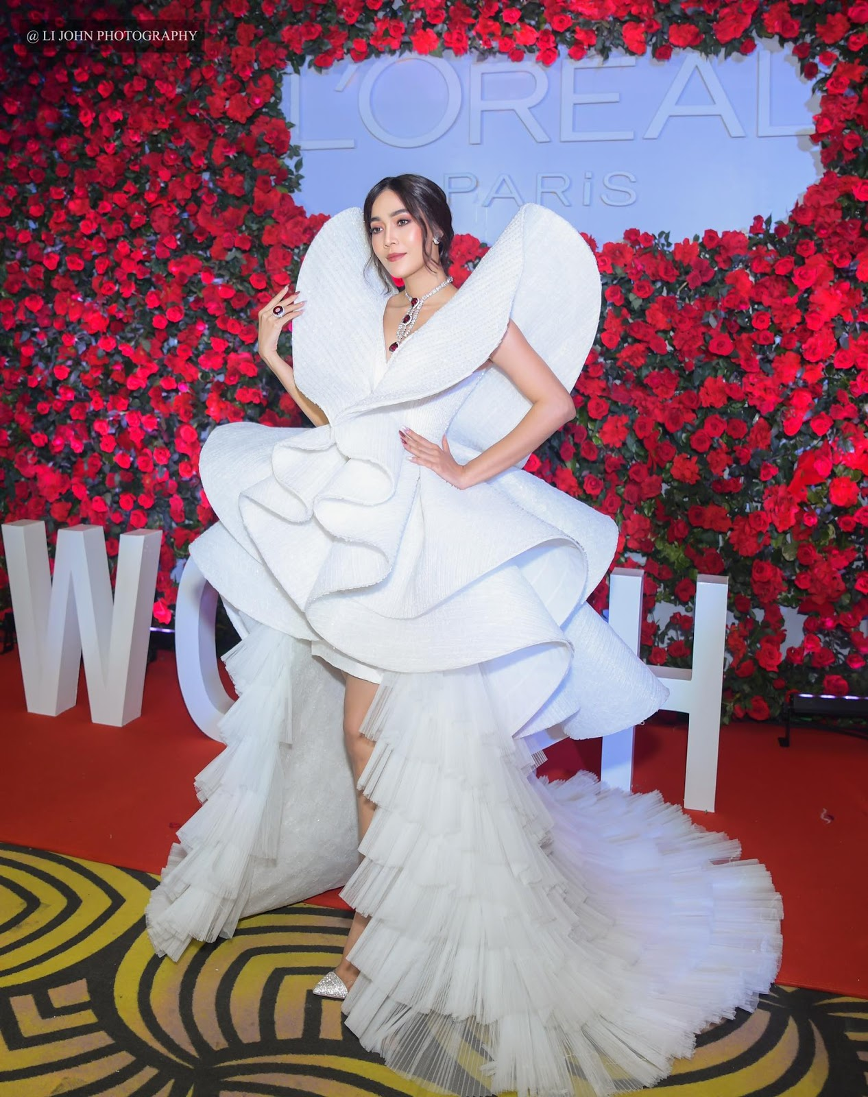 Moe Hay Ko - Loreal Paris Myanmar 2019