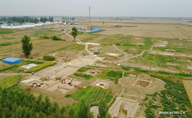 Ancient tombs excavated in N China