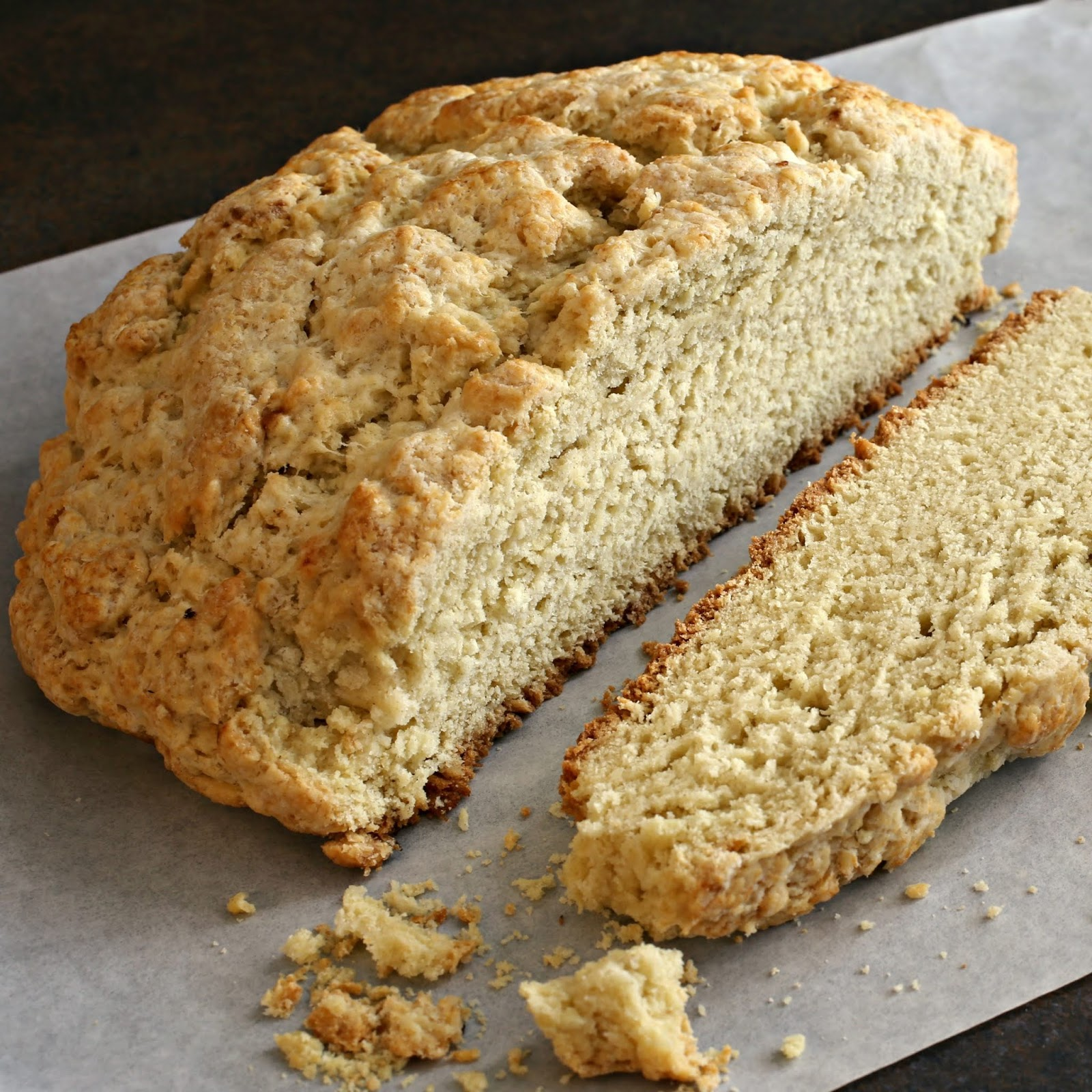 Easy sweet Irish soda bread