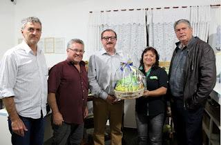 Secretário especial de Assuntos Fundiários do governo federal visita produtores em Cajati
