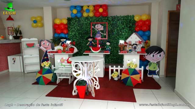 Decoração festa de aniversário infantil - Mesa temática provençal simples tema O Show da Luna