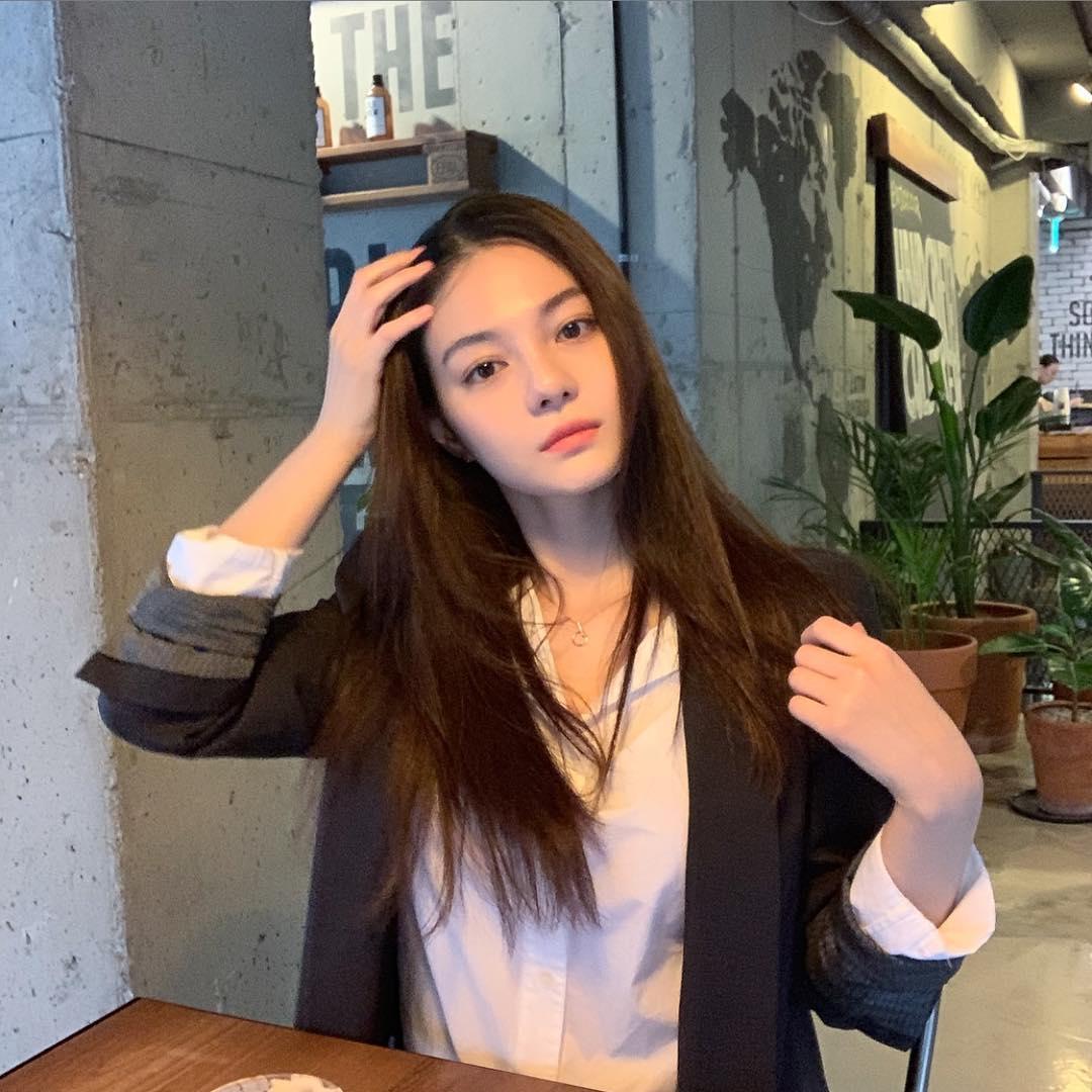 Biodata, Profil, dan Fakta Lengkap Aktris Shin Hye Sun
