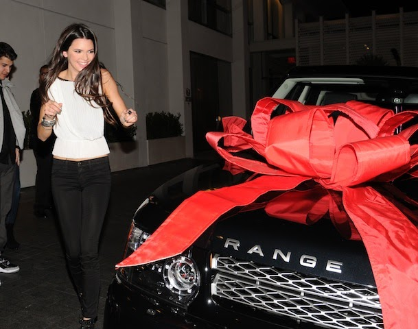 Range Rover Autobiography >> Kendall Jenner's Birthday Gift... Are you really surprised ...