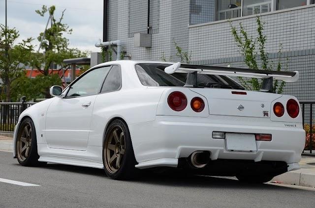 Harga kereta Nissan Skyline R34 bakal naik mendadak?