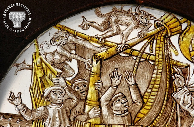 DIJON (21) - Musée des Beaux Arts : Vitrail - Légende de St Nicolas - XVe siècle