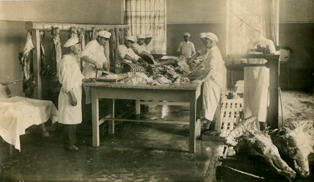 Цеха Артемовской колбасной фабрики. 1937 г. (Фонды КЗК «БКМ»)