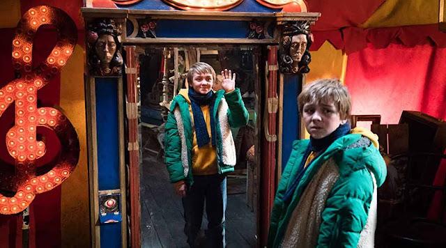 Çifte Bela: Sihirli Ayna