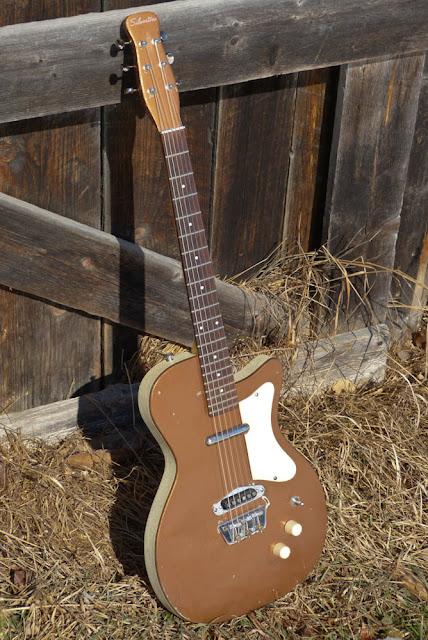 1958 silvertone branded danelectro u1 electric guitar. Black Bedroom Furniture Sets. Home Design Ideas