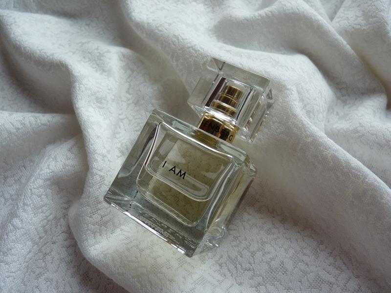 I Am / Jestem – jesienna malinowa rozkosz w pięknej butelce od Eisenberg Paris