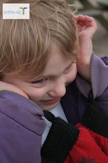 أعراض التوحد عند الأطفال بعمر ثلاث سنوات