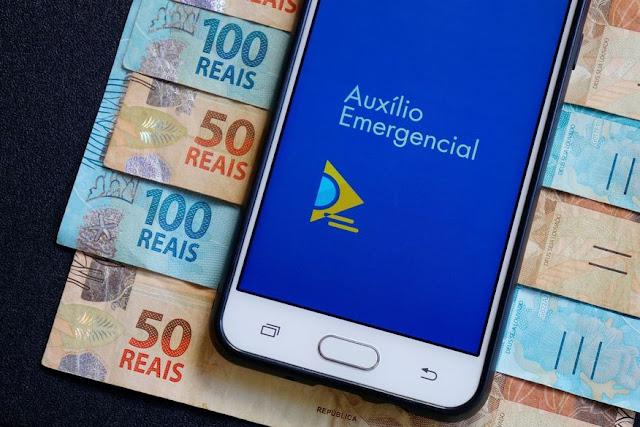 Caixa paga hoje (13), auxílio emergencial a nascidos em abril