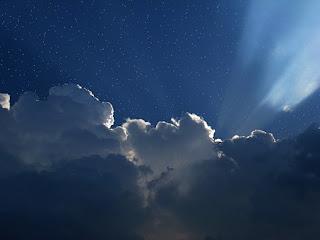 Foto de un cielo nublado y oscuro.Cómo definimos el tiempo