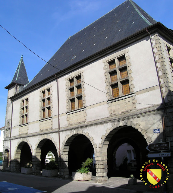 MIRECOURT (88) - Les halles