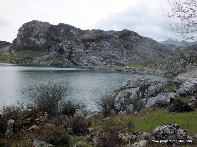 ruta de senderismo en los Lagos de Covadonga
