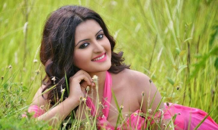 Bangladeshi Hot Actress Pori Moni Sexy Picture Collections -7913