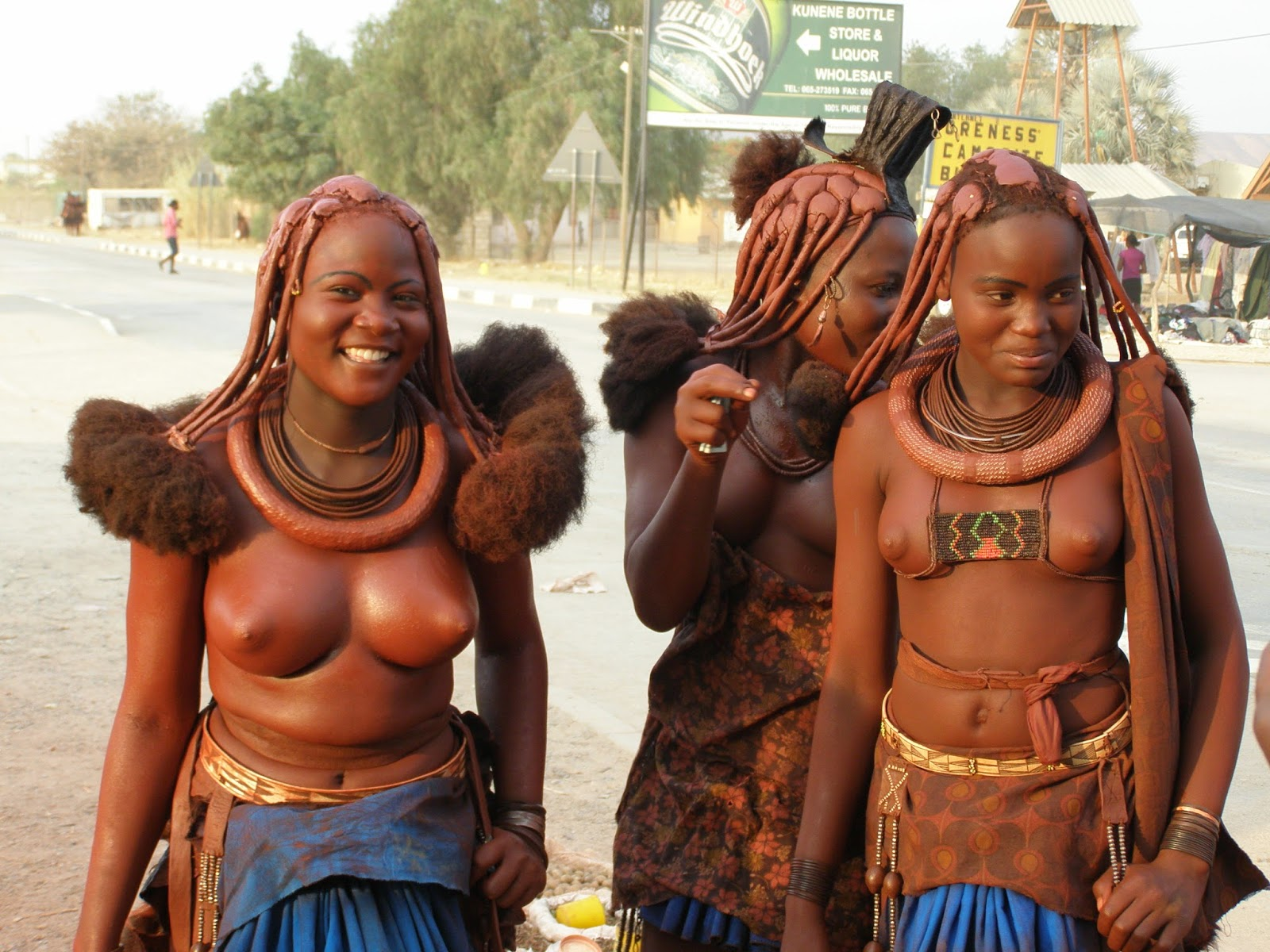 african tribes that dont wear clothes