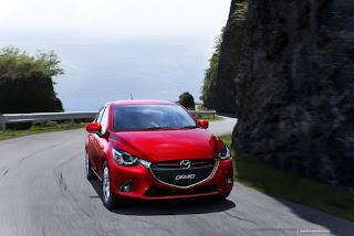 Mazda 2 2015