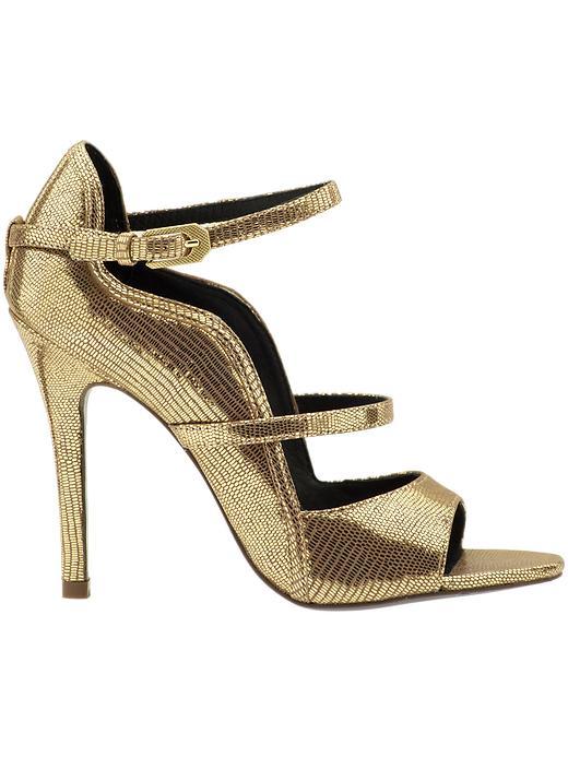 Gold Color Shoe | Fashion 2013