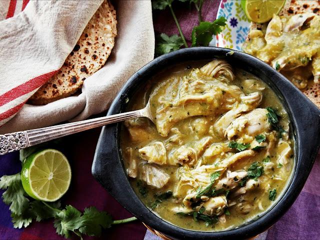 reseta-mexicana-pollo-en-salsa-verde