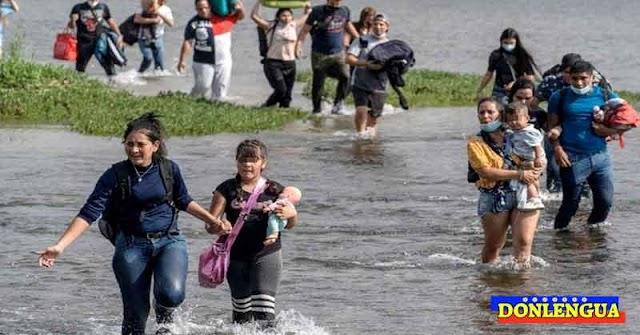 Refugiados venezolanos que cruzaron Rio Grande permanecerán encarcelados entre 3 y 24 meses