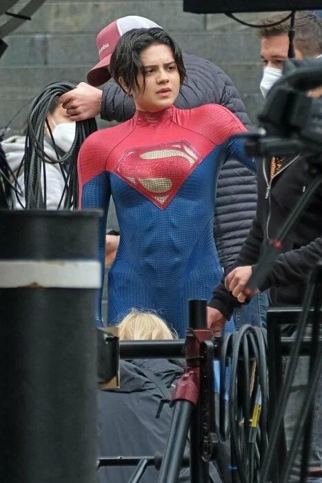 OFICIAL: Michael Keaton regresa como Bruce Wayne en 'The Flash' y salen las primeras imágenes